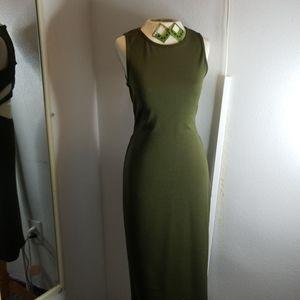 Sleeveless olive dress open back